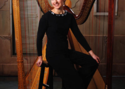The Two Harps Mary Plays